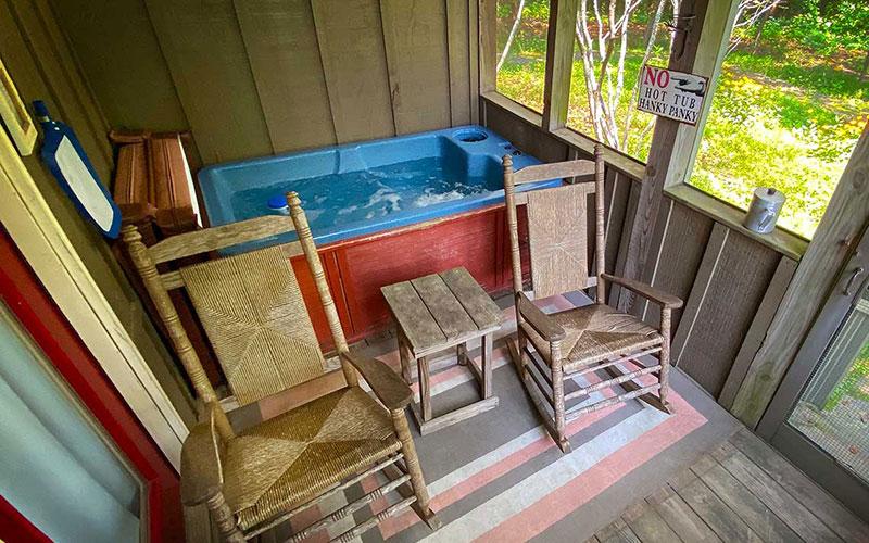 grand gahuti private porch with hot tub
